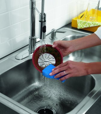 Oster JusSimple cleaning